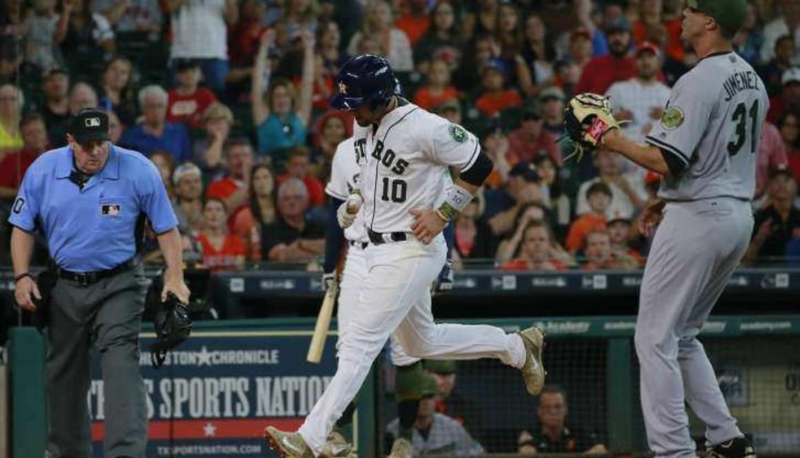 Orioles_Astros_Baseball_52676-727x481