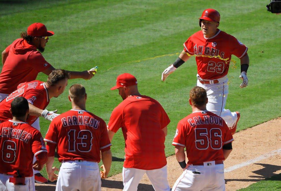 Orioles-Angels-Baseball5-1